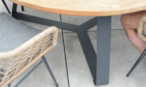 Basso round teak table detail frame_02